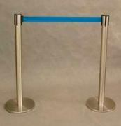 Стойка барьерная с вытяжной лентой СЛ-1